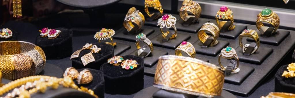 αγορα επώνυμων κοσμημάτων από την Oragold