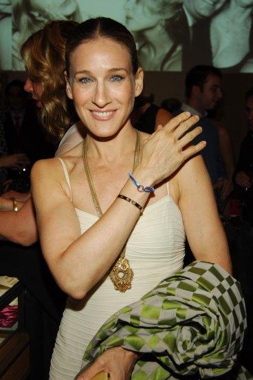 sarah-jessica-parke με cartier love bracelet